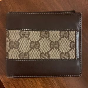 Authentic Men's Gucci Wallet